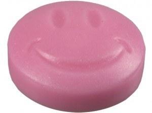 Mache einen schönen Smiley in einer 3D seifengießformen silikon.